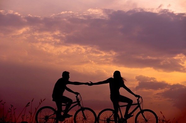 Im Ferienpark Urlaub Fahrrad fahren